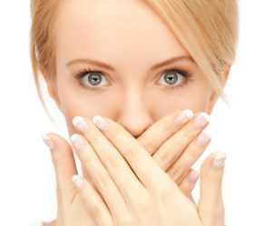 Основные причины появления герпеса на губах