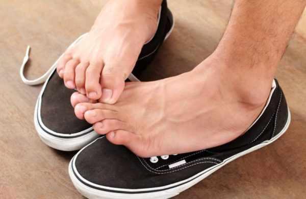 Повышенная потливость ног