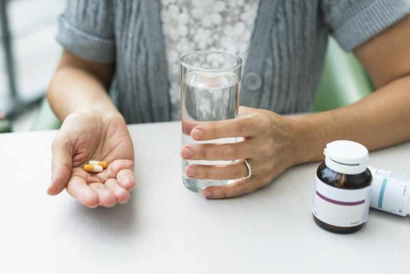 Прием обезболивающих препаратов