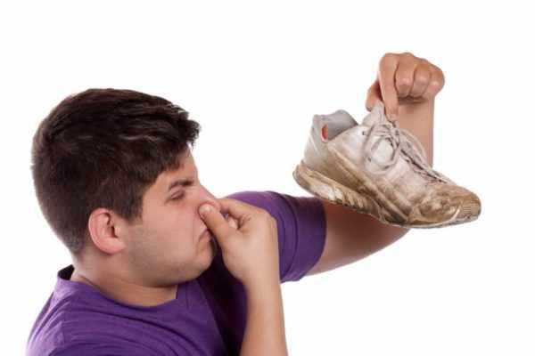 Использование ненатуральной обуви
