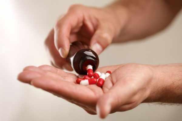 Длительный прием медикаментозных препаратов