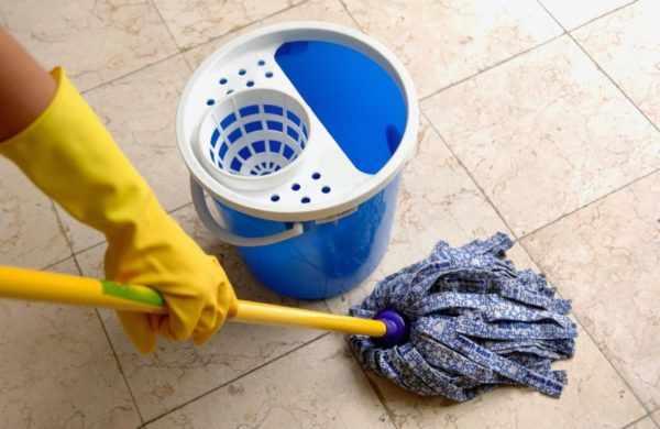 Влажная уборка помещение