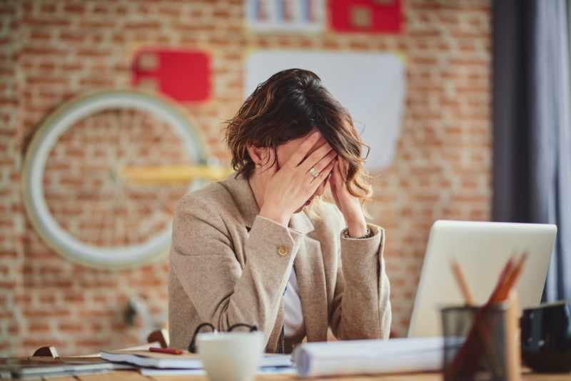 Постоянные стрессовые ситуации способствуют развитию экземы